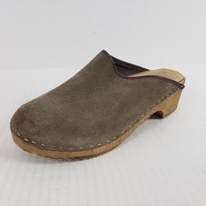 Anthropologie Olsson Swedish Suede Clog Mules Tan